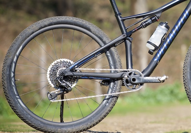 differenze tra Specialized Epic e Cannondale Scalpel-Si
