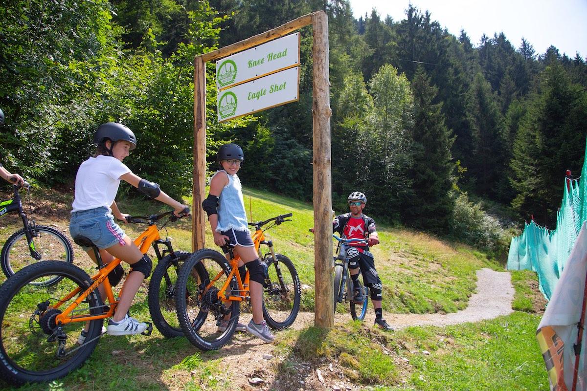 Montebike il 1 bike park italiano per principianti e - Due caratteri diversi ...