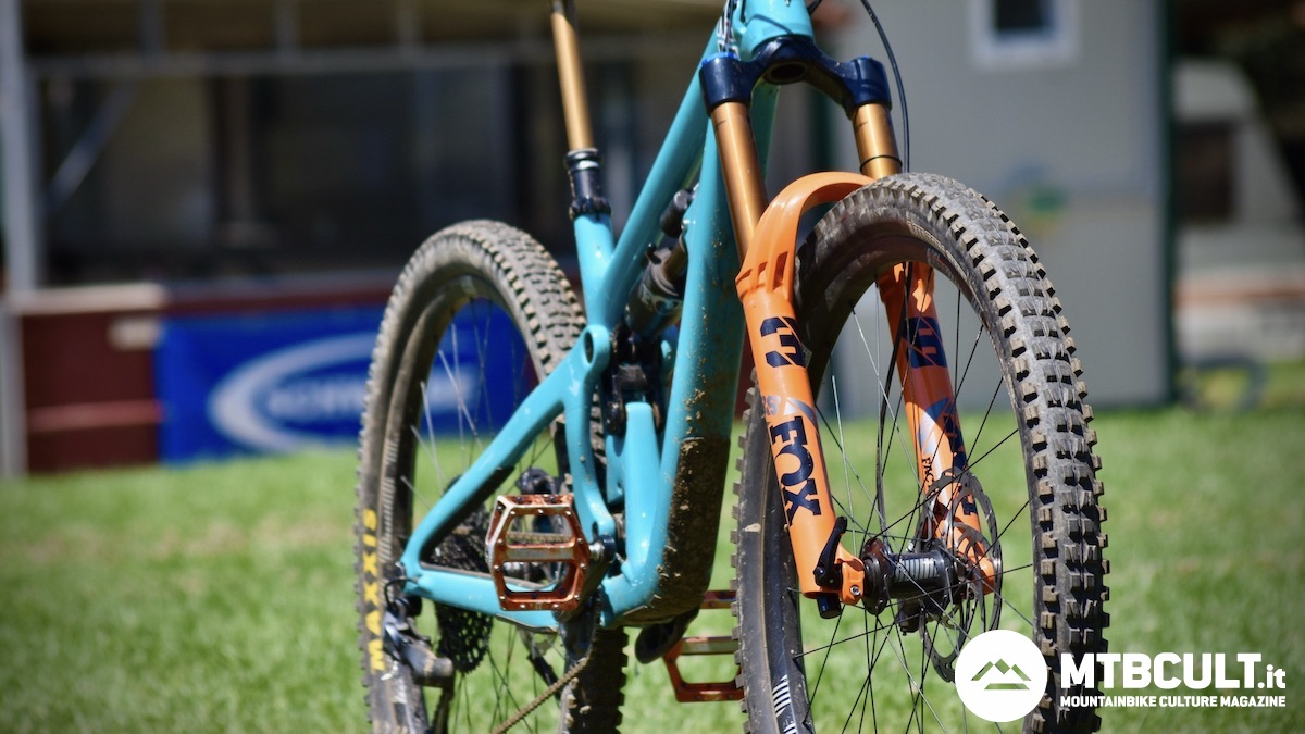 Fox 38 vs RockShox Zeb