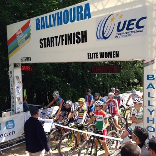 Lo start della gara femminile.