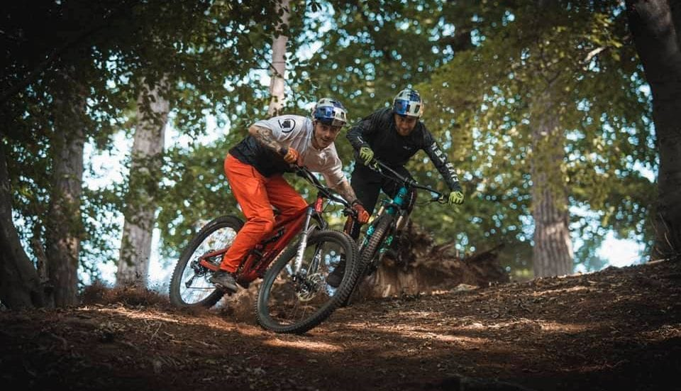"""VIDEO – Danny MacAskill e Kriss Kyle: """"This and That"""""""