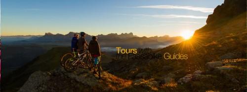 La conoscenza dei sentieri sulle Dolomiti da parte dei biker di FassaBike è comprovata da anni. Guardate il loro sito web.