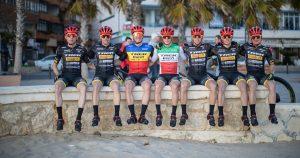 Team Trek-Pirelli: presentati maglia, bici e sponsor tecnici