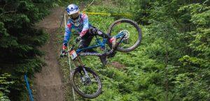 Hart e Ragot vincono a Schladming il 2° round dell'iXS Downhill Cup