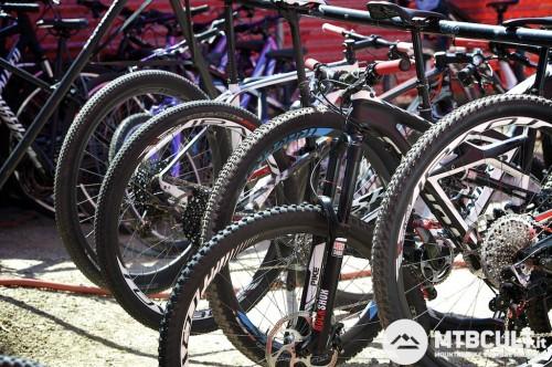 La flotta delle bici test di Specialized.