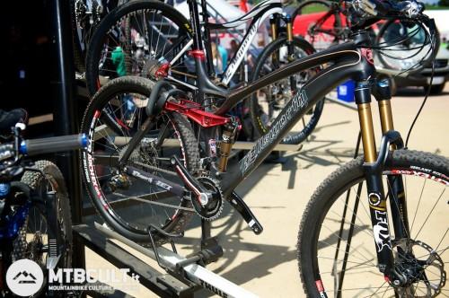 Ellsworth Epiphany C Xc: nonostante il nome è una trailbike con uno dei 4 bar linkage più caratteristici. Merita di essere conosciuta più da vicino...