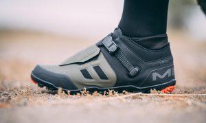 Le scarpe Shimano ME7 e ME5 da enduro e trail riding si rinnovano...