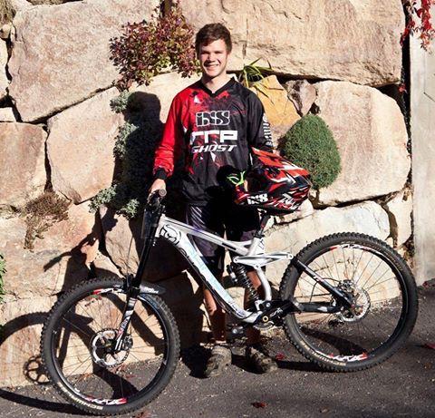 Il vincitore della Winter Downhill, Johannes Von Klebelsberg.