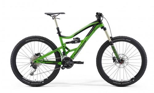 La Merida One-Sixty 7 è la bici da enduro con 160mm di escursione. La forcella è una Suntour Auron Lo-RC e l'ammortizzatore un Rock Shox Monarch R Plus. La guarnitura è con doppia corona, bash e tendicatena. Il suo peso finale dichiarato è di 14,9 Kg. Il prezzo al pubblico è di 2390 €.
