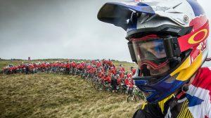 VIDEO - Atherton sfida 400 rider alla RedBull Foxhunt