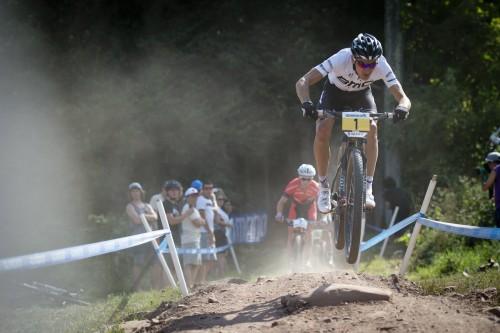 Julien Absalon, vincitore della Coppa del mondo e del campionato del mondo 2014.