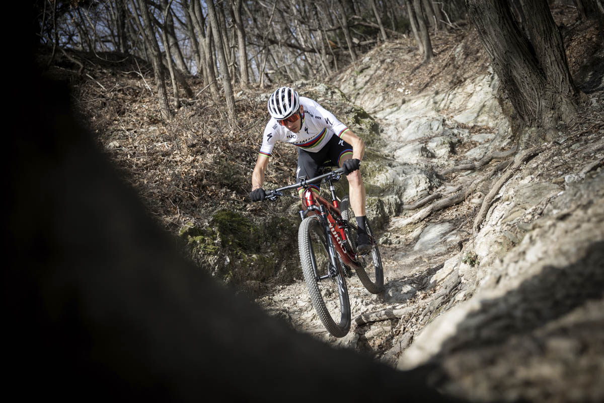Specialized Factory Racing a Finale Ligure