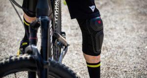 Disponibili in vendita le ginocchiere Dainese Enduro Knee Guard 2