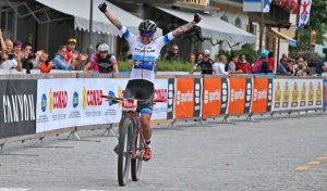 Dolomiti Superbike: successo tricolore con Mara Fumagalli! Stosek tra gli uomini