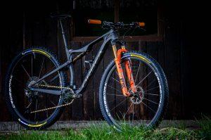 Orbea Oiz raw carbon: la nuova bici di Victor Koretzky