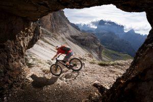 VIDEO - Tom Oehler sulle Dolomiti: freeride estremo oltre i 3000 metri